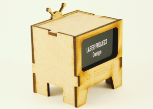 Maqueta televisión cortada con láser